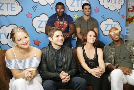 supergirl-cast-2